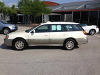 Exterior Color: white, Body: Wagon, Engine: 0.0 Other,
