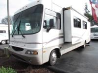 * 2003 33' GEORGETOWN BY FOREST RIVER MODEL M325DS *