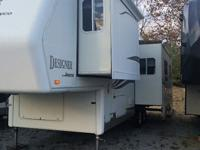 Stock Number: 726928. 2003 Jayco Designer fifth Wheel