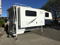 2003 Arctic fox 990 in excellent shape. Has built in