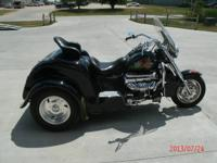 2003 Boss Hoss Trike V-8 motor, With custom-made paint