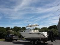 2003 Boston Whaler 255 Conquest. This boston whaler is