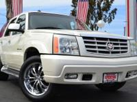 2003 CADILLAC ESCALADE @@ ONE OWNER @@ ONE OF THE