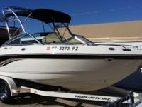 EXCELLENT SHAPE!! GREAT FAMILY BOAT! ONLY 201 HOURS 20'