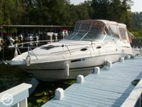 2003 Chaparral Signature 240 This 2004 Chaparral