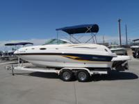 2003 Chaparral Sunesta 223 - This boat is like new