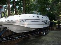 Well Maintained deck boat with185 hours, Bimini