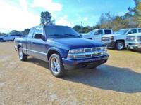 (866) 382-3560 Extra Clean. LS trim. EPA 28 MPG Hwy/16