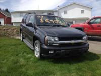 Very clean inside and out. 2003 Chevy Trailblazer EXT