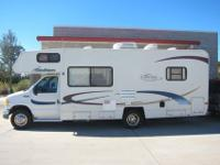 Terrific 2003 Coachmen Catalina Sport! Clean motorhome,