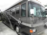 2003 Country Coach Allure with dual-slides. Has a 370