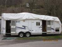 2003 Crossroads Cruiser 27RL Travel Trailer This