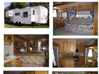 For sale : 2003 Excel 33' 5th wheel camper. Rear