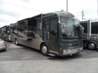 Pre-Owned 2003 Fleetwood RV American Eagle 40T Motor