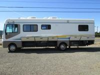 2003 Fleetwood Bounder 30ft...13,415 miles...non-slide