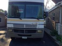 2003 Fleetwood Bounder, 32ft W, Ford Chassis, Triton