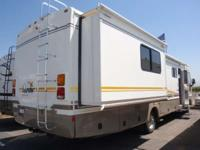 2003 BOUNDER 35E RETAIL $53,995 SALE PRICE $49,995 work