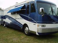 2003 Fleetwood Flair 31A This Flair has spacious layout