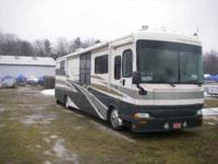 2003 Fleetwood Providence Class A This 2003 Fleetwood
