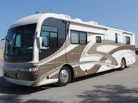 2003 FLEETWOOD REVOLUTION LE 40ft - 24,007 MILES - 2