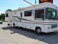 Exceptionally clean! 2003 Fleetwood Storm RV with only
