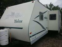 2003 Fleetwood Wilderness Travel Trailer. Length 30FT-