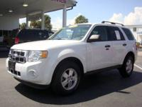 This is a very nice 2003 Ford Escape that looks and