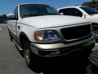LOCAL VEHICLE! SUPER CAB! LARIAT PACKAGE! FRESH TRADE