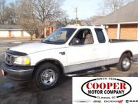 Exterior Color: white, Body: 4 Door Extended Cab Truck,