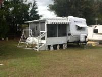 2003 Forest River Wildwood This travel trailer is self