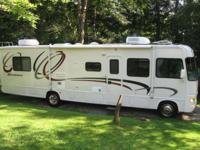 2003 Four Winds Hurricane Motorhome SL33, 34', with