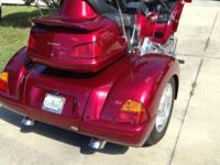 2003 Honda GL1800 Goldwing with a 2013 Champion