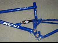 2003 GT Mountain Bike Frame XL - disc only. Bought on