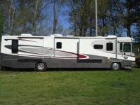 2003 Gulf Stream Yellowstone Country Coach 40' Class A