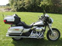 For sale here is this 2003 Harley Davidson FLHTCUI
