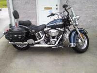 2003 Harley Davidson FLSTC Heritage Softail Classic.