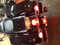 2003 ROAD KING WITH 1450 CC ENGINE. NEW BATTERY AND