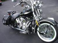 Beautiful 2003 Heritage Springer Softail!Paint Chrome