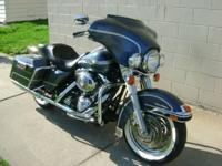 For sale is a 2003 Harley Davidson FLHTCUI Electra