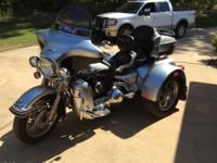2003 Harley Davidson Electra Glide Trike with REVERSE