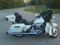 2003 Harley Davidson in Excellent Condition- - White