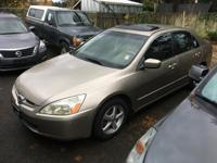 EPA 34 MPG Hwy/26 MPG City! Heated Leather Seats,