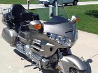 2003 Honda GL1800 Gold Wing. 2003 Goldwing in excellent