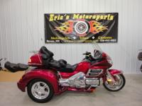 ONLY 23,400 miles NEW Champion I.S trike conversion kit