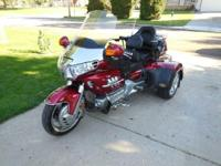 2003 Honda GL1800 Goldwing Trike. This trike is truly a