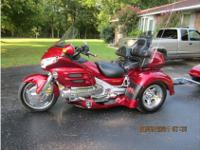 Trike Motorcycle, Candy Apple Red Metallic, 1,800 cc,