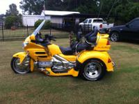 2003 Honda Goldwing Trike GL1800, excellent condition