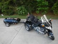 2003 Honda Goldwing trike (Motor Trike) Clean, extra