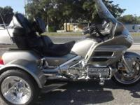 2003 HONDA GOLDWING TRIKE 1800CC LOW MILES, ONLY 17,000