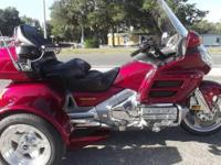 2003 HONDA GOLDWING TRIKE 1800CC LOW MILES, ONLY 34,000